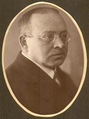 Professor Alfred Widmaier